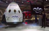 Илон Маск анонсировал полет двух туристов к Луне в 2018 году